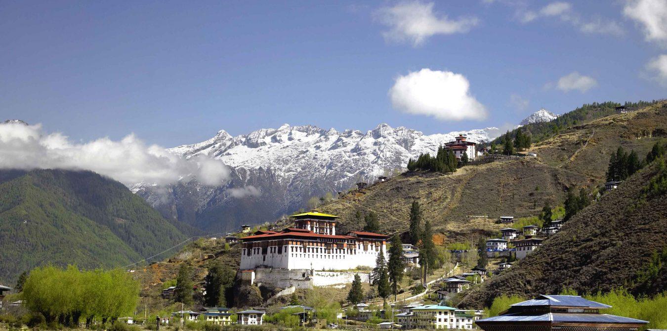 Jomolhari-mountain-and-Monasteries